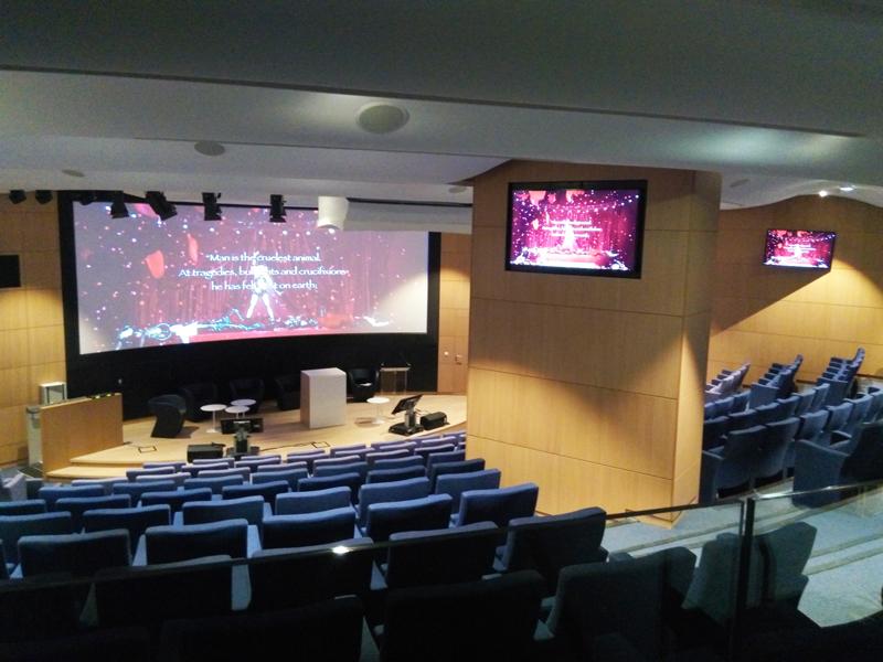 Sonorisation d'une salle de spectacle par Videoline